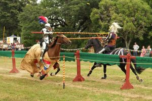 800px-knights_jousting_lance_tips_breaking