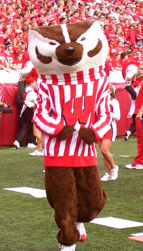 10-28-16: Wisconsin (plus Stat Joust and Q&A with Talking Head)