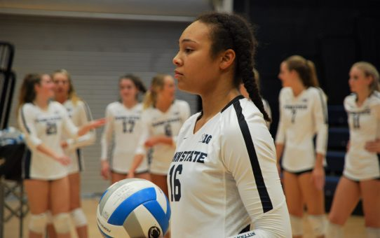 Serena Gray, Kaitlyn Hord Taking Significant Strides As Sophomores For Penn State Women's Volleyball